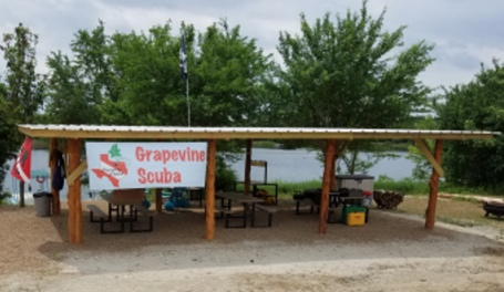 Picture of the Grapevine SCUBA pavilion at Clear Springs